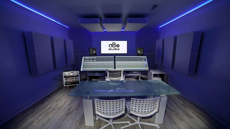 Why Is Budget The Crucial To Record Music In Studios?